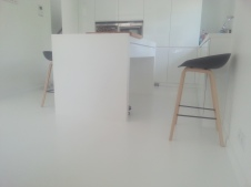posadzka dekoracyjna poliuretanowa biała matowa 4